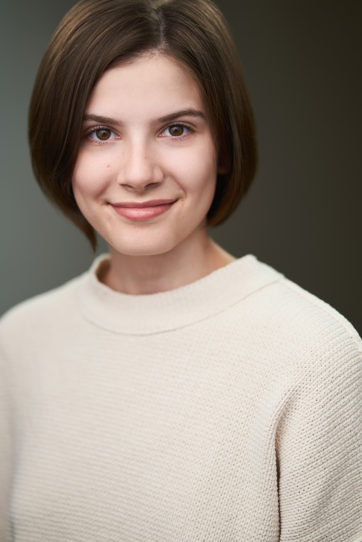 Brandon Hart Photography vancouver actor headshots amelia paige